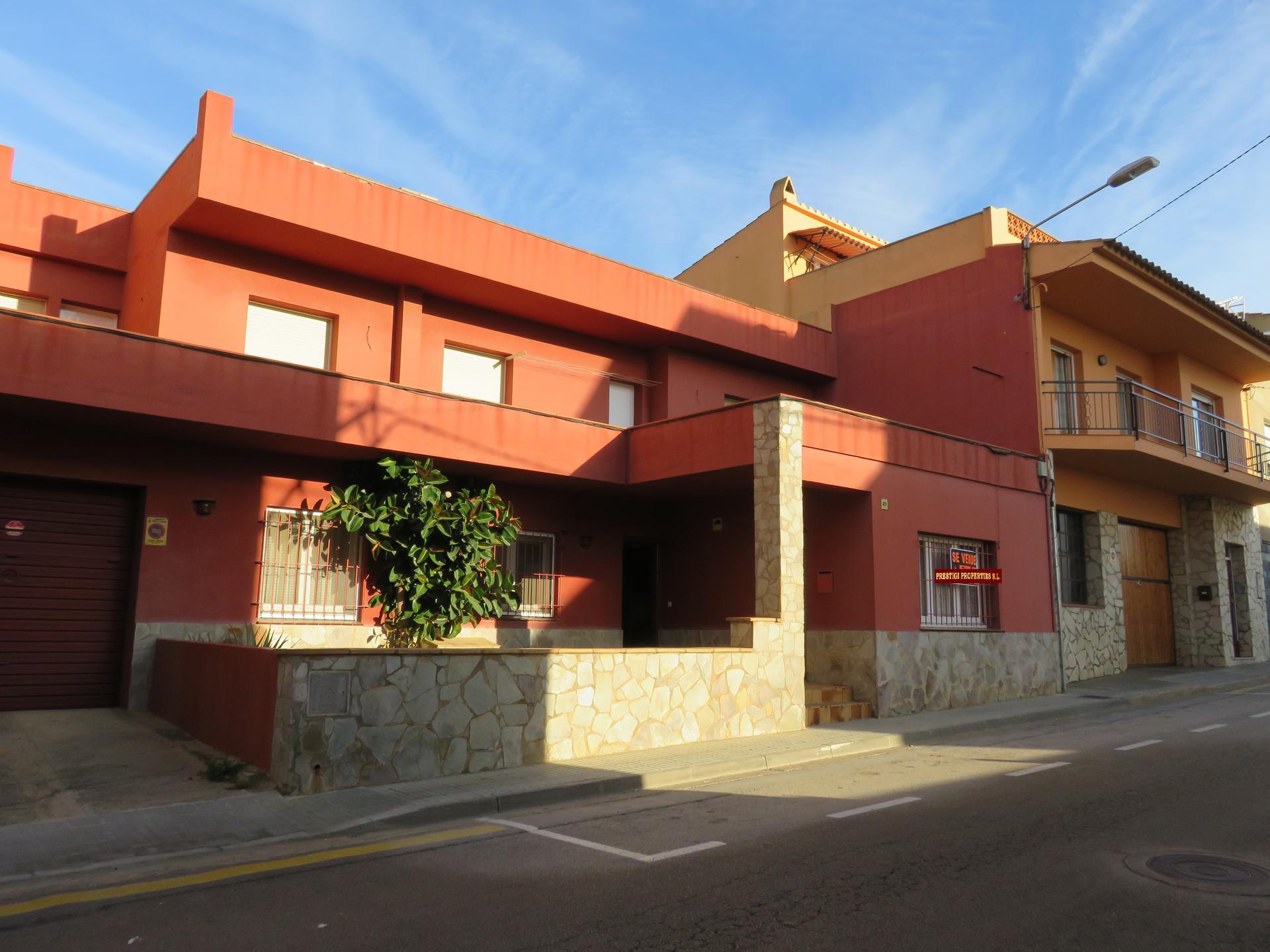 Huis -                               Torroella De Montgrí -                               6 slaapkamers -                               0 personen